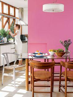 Cores na decoração: casa decorada nos tons de rosa e berinjela - Casa