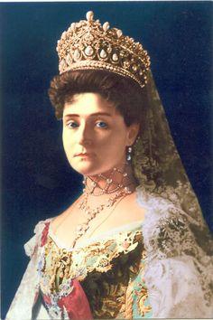 The Romanovs. Alexandra Feodorovna – Empress of Russia. Royal Crowns, Royal Tiaras, Tiaras And Crowns, Catalina La Grande, Anastasia, Tsar Nicholas Ii, Royal Jewelry, Jewellery, Royals