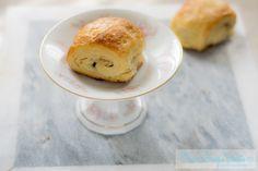 I croissant di Philippe Conticini Croissant, Hamburger, About Me Blog, Bread, Cooking, Cake, Food, Pain Au Chocolat, Kitchen