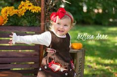 Mini Session | Melissa Anne Photography www.photographybymelissac.com #childphotographer #Michiganphotographer #MelissaAnnePhotography #pumpkinpatch