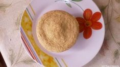 Mikrós zsemle - Mikrós zsemle útifű maghéjjal. #mikrós #útifűmaghéj #zabpehely #gyors #zsemle #lisztmentes #tojásos #reggeli Pudding, Desserts, Food, Meal, Custard Pudding, Deserts, Essen, Hoods, Dessert