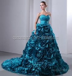http://www.quinceanera-gown-dresses.com/products/big/img_8232_20121017002414.jpg
