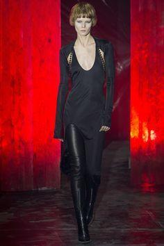 Alexander Wang Fall 2017 Ready-to-Wear Fashion Show NYFW New York Fashion Week