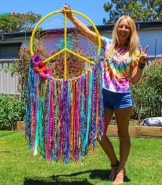 I love your Peace Sign Wind Chime! Peace and Love to you it is beautiful! Ashlie Terry for you sweetheart! Dream Catcher Craft, Dream Catcher Mobile, Dream Catcher Boho, Hippie Birthday, Hippie Party, Tie Dye Crafts, Diy And Crafts, Arts And Crafts, Dreamcatchers