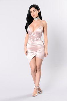Starlight Beauty Dress - Blush