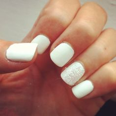 matte white & iridescent bling nail.