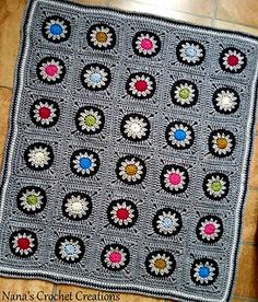 Retro flower in a Circle in a Square... Free pattern!