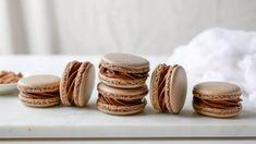 Kekszmacaron készítés francia módszerrel | Annuskám receptek videóval Soap, Dishes, Macaron, France, Tablewares, Bar Soap, Soaps, Dish, Signs