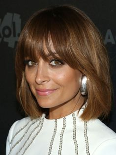 Nicole Richie's latest 'do is a softly shaped bob, complete with flirty fringe http://primped.ninemsn.com.au/galleries/hair-galleries/celebrity-hair-inspiration-bobs-and-lobs-long-bobs?image=9