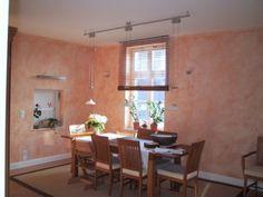 Farbiger Putz aufgetragen mit Spachteltechnik bringt Flair ins Esszimmer. Malerarbeiten von der Brandt & Brandt GbR in Bornheim (53332)   Maler.org
