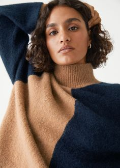 Two-Tone Mock Neck Sweater - Black/Beige - Sweaters - & Other Stories GB