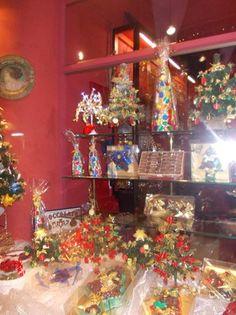*Confetteria Moriondo e Gariglio- Chocolates- Via del Pie di Marmo 21-22