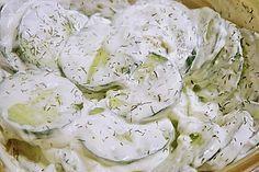 Gurkensalat mit Schmanddressing (Rezept mit Bild)   Chefkoch.de