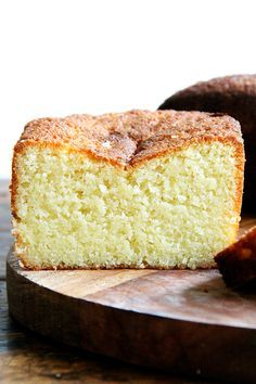 Ottolenghi's Lemon-Semolina Cake // The cake was so incredibly moist — and delicious and perfectly sweet and lemony.