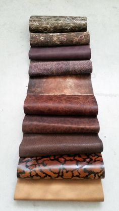 Leather swatches of our fancy stock collections, 22 cm x 27 cm (8,66 x 10,63 inch) di LAGARZARARA su Etsy