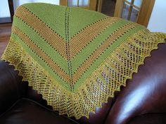 Free Pattern: Transition Stash-buster Shawl by Karen S. Lauger