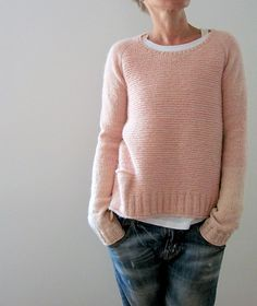 Ravelry: Pink memories pattern by Isabell Kraemer (with pocket & bi-colour sleeves)