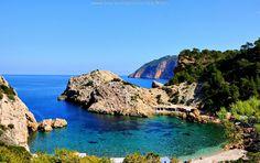 Let Love Ibiza Villas lead you to your hidden gem. Villas around the island of Ibiza to rent for 2020 Ibiza Town, Ibiza Beach, Beach Fun, Ibiza Strand, Ibiza Holidays, Ibiza Formentera, Magic Island, Virtual Travel, Balearic Islands