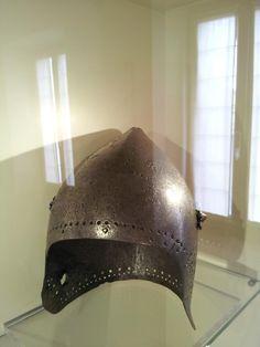 Bascinet, Palazzo Pubblico, San Giminiano  1380-1400 ref_arm_1558