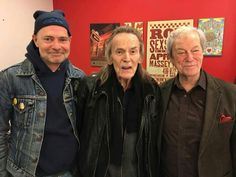 The Three Canadian Gords - Gord Downie , Gordon Lightfoot , and Gordon Pinset. Canadian Things, I Am Canadian, Canadian History, Canadian People, Canada 150, Visit Canada, Edmund Fitzgerald, Gordon Lightfoot, Believe