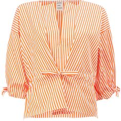 Maison Rabih Kayrouz striped V-neck blouse (20,300 MXN) ❤ liked on Polyvore featuring tops, blouses, striped top, stripe top, maison rabih kayrouz, cotton blouse and v-neck tops