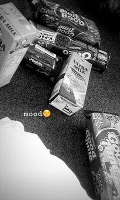 Food N, Food And Drink, Snap Food, Funny Thoughts, My Mood, Cute Food, Food Cravings, Perfume, Food Photo