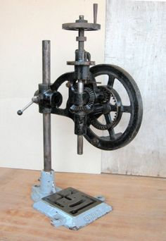 Vintage Union Pillar drill and bearing press | eBay