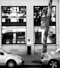 Glass of two sheets.  Two cars.  One tree.  One man. : Title.  Glass of two sheets.  Two cars.  One tree.  One man.                          Paris , France, 2012 . shot .............  3 / 6 (Today's photograph. It is unpublished.)         Image. Sade - By Your Side http://youtu.be/C8QJmI_V3j4             Supplement.  The photography period of Paris.  The day which left Japan.2012.July 21.  The day which arrived to Japan.2012.July 26.   Quantity of a photograph.  Not less than 35 GB. ...