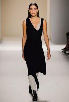 Victoria Beckham Spring/Summer 2017 Ready-To-Wear Collection | British Vogue #NYFW