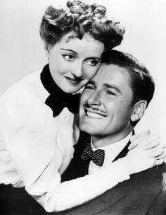 "Bette Davis & Errol Flynn, ""The Sisters"", 1938 Hooray For Hollywood, Golden Age Of Hollywood, Hollywood Stars, Classic Hollywood, Old Hollywood, Hollywood Pictures, Hollywood Glamour, Errol Flynn, Old Movie Stars"
