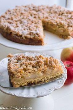 Tarta Crumble cu mere, este printre preferatele juniorului meu.Cu extra mere, un gust dulce acrisor , se poate servi cu inghetata de vanilie, un deliciu