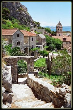 Omis, Croatia http://www.worldweatheronline.com/Croatia-weather.aspx