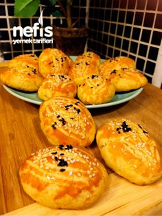 Most of the most popular bags do not meet a certain aesthetics this season. Ham And Egg Sandwich, Mincemeat Pie, Bread Dough Recipe, Mince Meat, Homemade Cake Recipes, Middle Eastern Recipes, Turkish Recipes, Food And Drink, Yummy Food