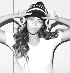 Beyonce // B-side Bobble hat