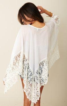 pretty lacey poncho, beautiful.... need!