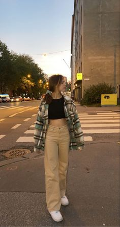 Adrette Outfits, Indie Outfits, Teen Fashion Outfits, Retro Outfits, Cute Casual Outfits, Vintage Outfits, Grunge Outfits, Stylish Outfits, Skater Girl Outfits