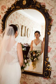 Wadsworth Homestead Wedding Flowers by Stacy K Floral | Captured by Lassara Photography | NY Wedding