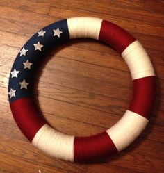 American Flag Wreath. Easy yarn wreath. Happy Veterans Day!