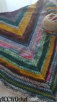 Magic cake shawl... or what to do with your gorgeous leftover yarn