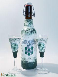 FTC futball rajongóknak csatos dísz-és használati üveg talpas röviditalos poharakkal (Biborvarazs) - Meska.hu Red Wine, Alcoholic Drinks, Glass, Drinkware, Corning Glass, Liquor Drinks, Alcoholic Beverages, Liquor, Yuri