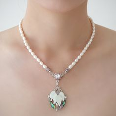 Mother of Pearl Orchid Flower Design Shell Natural Freshwater White Pearl Chain Pendant Necklace Mother Of Pearl Necklace, Pearl Design, Pearl Chain, Chain Pendants, Pearl White, Flower Designs, Orchids, Jewelry Box, Shells