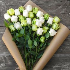 #Roses by the dozens turn fiances into husbands. #GiftsThatShip https://www.thebouqs.com/