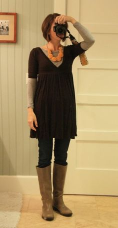 Cute outfit! Love the long top. Think its a dress?