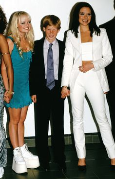 As Prince Harry Meets Spice Girl Emma Bunton, See His Blushing TBT from Their First Meeting! Victoria Beckham Outfits, David Und Victoria Beckham, Spice Girls Outfits, Kate And Harry, 90s Fashion, Fashion Outfits, Besties, Bff, Emma Bunton