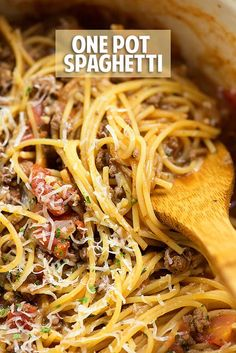 This one pot spaghetti recipe is perfect for a quick dinner. Easy clean up and the pasta boils right in the sauce so it's extra flavorful!
