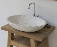 Modern Sink, Modern Bathroom Design, Bathroom Basin, Small Bathroom, Bathroom Trends, Bathroom Ideas, Sink Inspiration, Concrete Basin, Washbasin Design