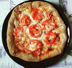 Szafi Free szénhidrátcsökkentett sajtos szélű pizza (gluténmentes, tejmentes, tojásmentes, élesztőmentes, vegán) – Éhezésmentes karcsúság Szafival Pepperoni, Vegetable Pizza, Vegetables, Free, Vegetable Recipes, Veggie Food, Vegetarian Pizza, Veggies
