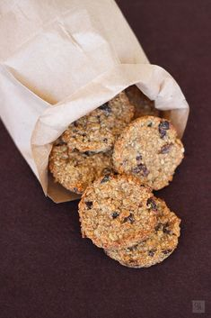 Banana, oat and raisins cookies Oat And Raisin Cookies, Coconut Cookies, Good Foods For Diabetics, No Bake Treats, Base Foods, Sin Gluten, Diabetic Recipes, Love Food, Sweet Recipes