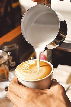 But First Coffee, I Love Coffee, Coffee Break, Morning Coffee, Sunday Morning, Coffee Latte Art, Coffee Shop, Coffee Coffee, Coffee Menu