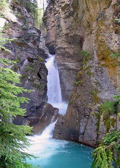 Johnston Canyon - Canada